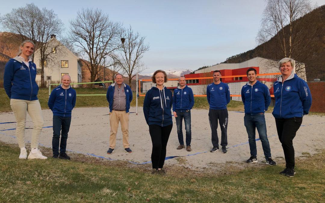 Her er det nye styret i Førde Volleyballklubb